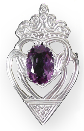 Luckenbooth Brooch with Amethyst