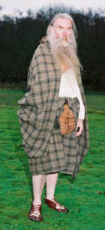How to Wrap a Great Kilt - Side  View