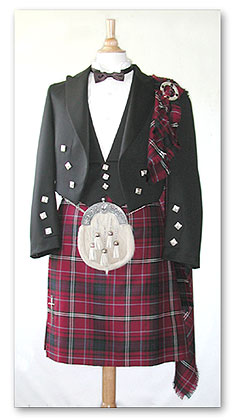 Kilt Outfit with Plain Fringe Fly Plaid