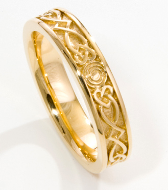 Celtic Spiral Wedding Band