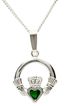 Claddagh necklace with